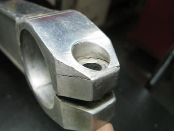 GPz1100スイングアーム修理